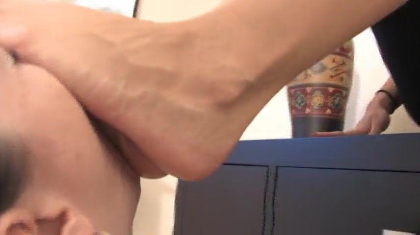 Foot slave lesbian Machine Gun