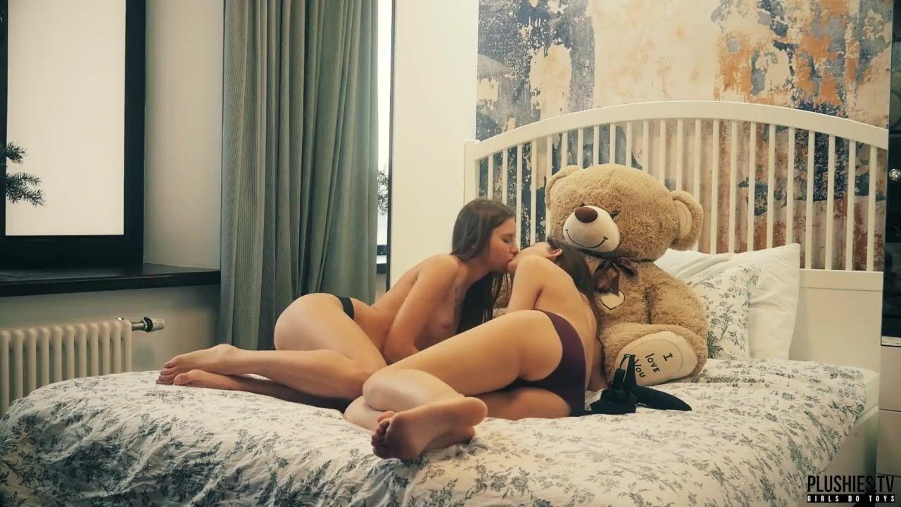 Man Sex With Teddy Bear | Gay Fetish XXX